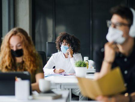 """Covid-19: 12% des salariés jugent leur état de santé """"dégradé"""" depuis le confinement"""
