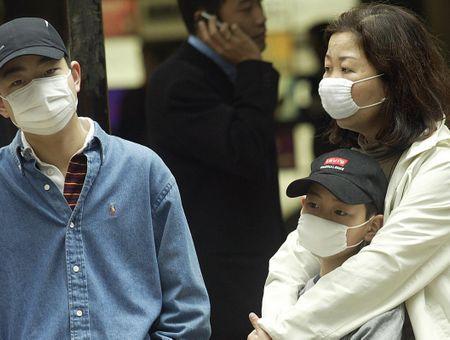 """L'OMS voit une """"chance réaliste de stopper"""" le nouveau virus, le """"COVID-19"""""""