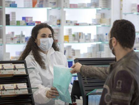 Coronavirus: les pharmacies autorisées à réaliser des tests sérologiques rapides