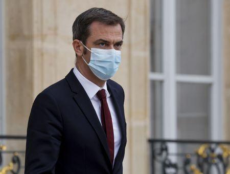 Probablement un million de Français actuellement porteurs du coronavirus, dit Véran