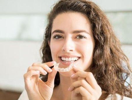 Blanchiment des dents : quelle est la méthode la plus efficace ?