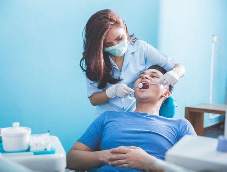 """""""100% santé"""" : mode d'emploi pour un remboursement total des prothèses dentaires"""