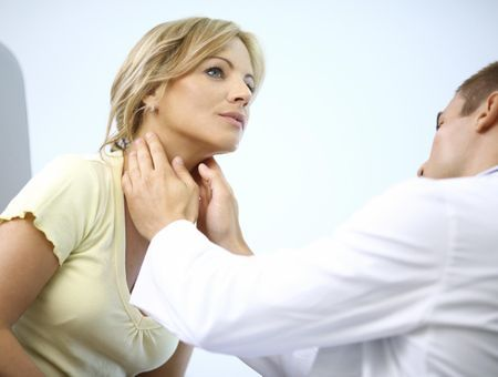 Problèmes thyroïdiens : quels liens avec la pilule ?