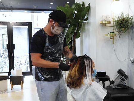 Le déconfinement vu par un coiffeur