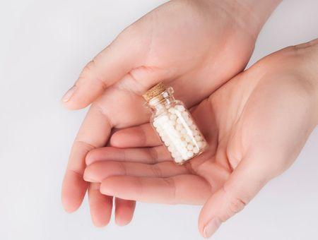 Homéopathie : effets secondaires et contre-indications