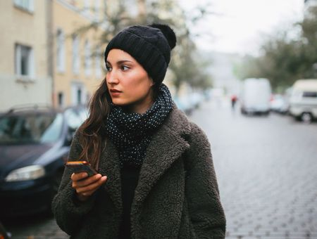 """L'application """"Garde ton corps"""" arrive à Paris pour limiter le harcèlement de rue"""