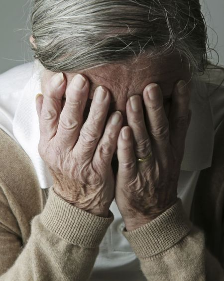 Maladie d'Alzheimer : 3 Français sur 4 en ont peur, mais peu savent comment la prévenir