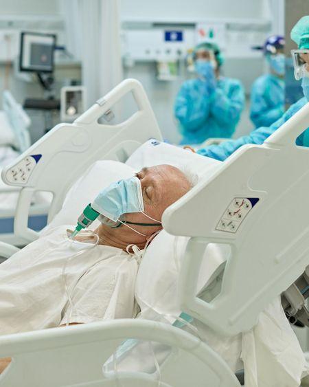 Covid-19: la légère baisse des hospitalisations se poursuit