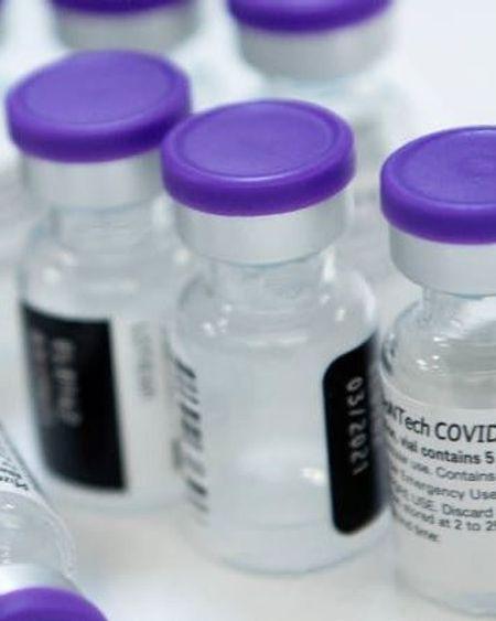 Vaccin Covid-19 : Pfizer va tester l'efficacité d'une troisième dose contre les variants