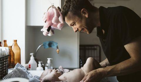 Allongement du congé paternité : une bonne nouvelle pour 39% des hommes