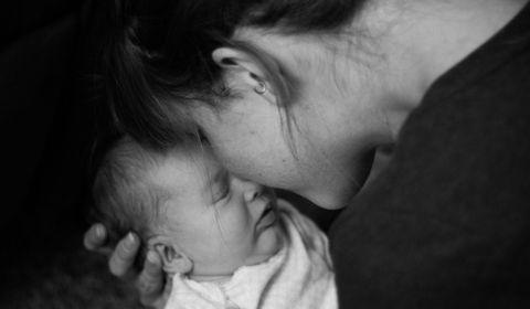 Comment prévenir le suicide chez les jeunes et futures mamans ?