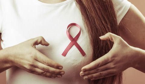 Cancer du sein : l'hormonothérapie a un impact plus important sur la qualité de vie des femmes que la chimiothérapie