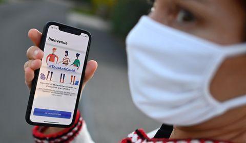 Une semaine après son lancement, l'application TousAntiCovid se réinvente pour le reconfinement