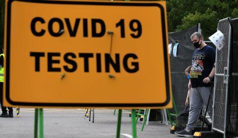 Le champion d'Europe est le Royaume-Uni avec 23 tests pour 1.000 habitants par semaine (1,5 million de tests au total).