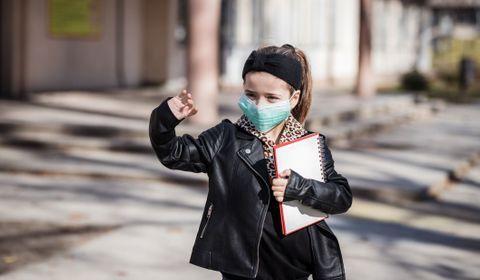 """Masque """"obligatoire"""" pour les collégiens et lycéens à partir du 11 mai, recommande le Conseil scientifique"""
