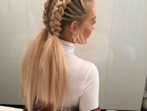 Tresses collées - 40 coiffures à adopter quand il fait chaud