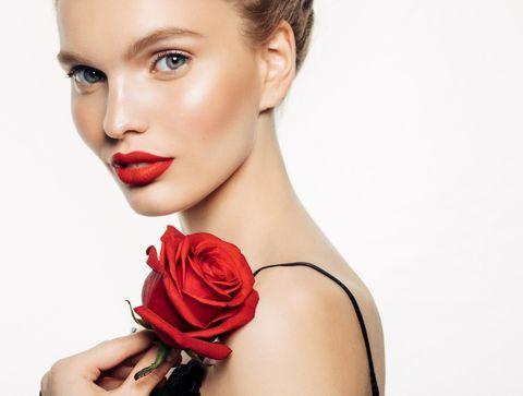 Rouge à lèvres rouge : les nouveautés qui font de l'effet !