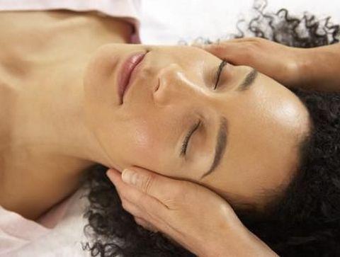Cheveux: les bienfaits du massage!