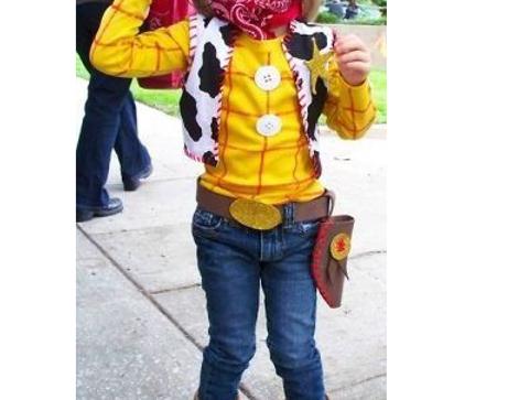 Déguisement de Woody dans Toy Story - Halloween : 30 idées de déguisement pour enfant