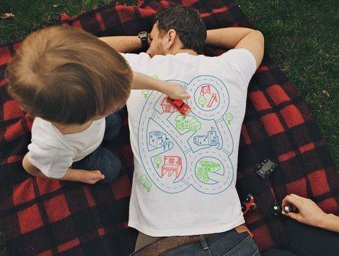 T-shirt parcours automobile de massage - Des idées cadeaux DIY pour la fête des pères