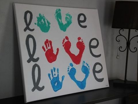 Tableau Love peinture mains/pieds - Des idées cadeaux DIY pour la fête des pères