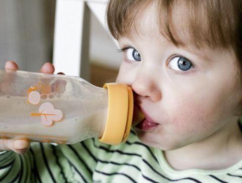 Laits de croissance - De 1 à 3 ans - Les laits pour bébé au banc d'essai