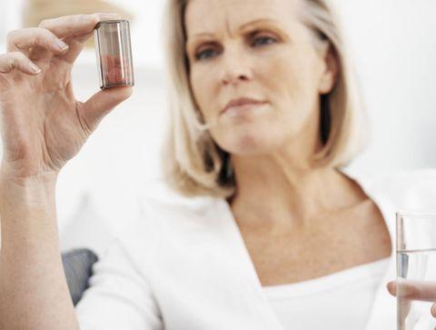 Polymédication, surmédication... : comment limiter les risques?
