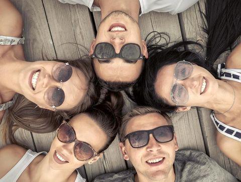 Test colorimétrique : vos lunettes de soleil sont-elles de bonne qualité ?