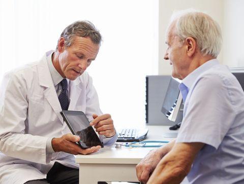 Cancer du poumon : une application d'autosurveillance améliore la survie