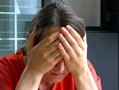 """Le """"palming"""" - Yoga des yeux : exercices pour soulager la fatigue oculaire"""