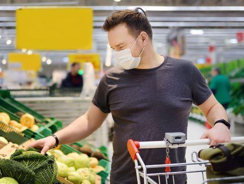 Covid-19 : comment éviter de tomber malade dans les lieux à risque ?