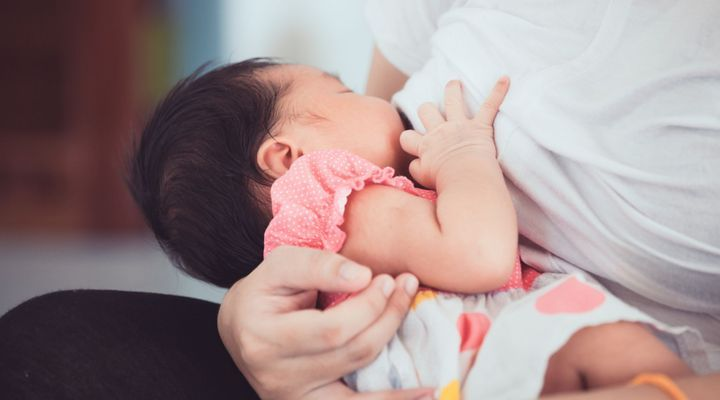 Lactation induite : allaiter un bébé adopté