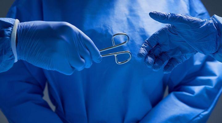 Techniques médicales pour aider à l'accouchement