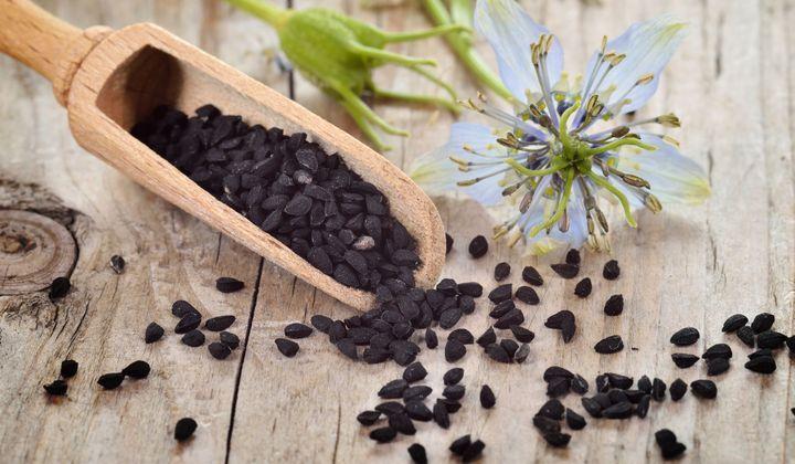 Nigella (Nigella sativa): propiedades, beneficios de esta planta en la fitoterapia - Doctissimo