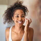 Crèmes aux probiotiques : les soins 2.0 des belles peaux