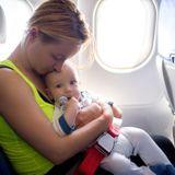 Voyage en avion avec bébé : tous nos conseils