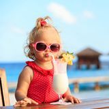 Partir sous les tropiques avec bébé : à partir de quel âge ?
