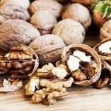 Consommer des noix tous les jours peut faire baisser le taux de cholestérol