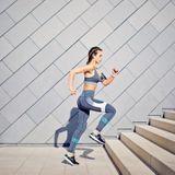 Insuffisance veineuse : le sport pour prévenir les jambes lourdes