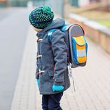 Le poids des cartables sur la santé de vos enfants