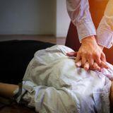 Douleur dans la poitrine: faites le 15!