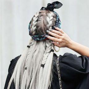 Headband avec des nattes