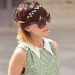 Un headband avec des cheveux au carré
