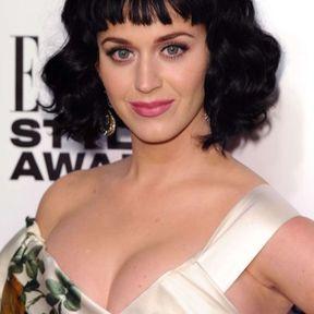 Le carré brun de Katy Perry