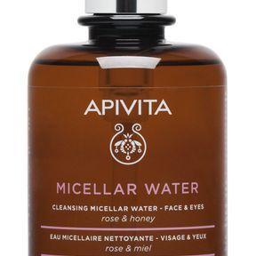 L'eau micellaire nettoyante d'Apivita
