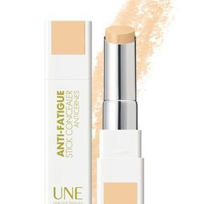 Stick concealer anti-fatigue de UNE