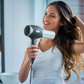 Couper sur cheveux propres et secs