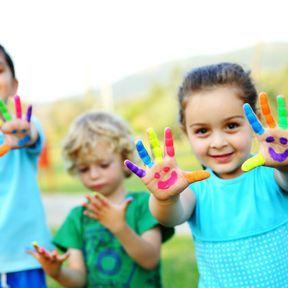 Des jeux pour développer le sens artistique des enfants