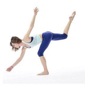 Le Strala Yoga