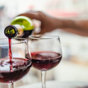 Un verre de vin rouge à 10°